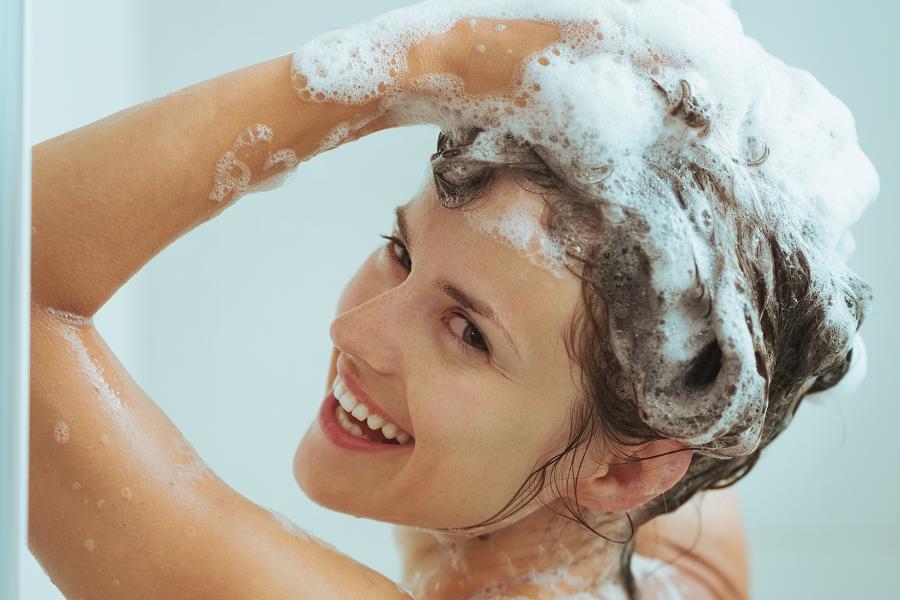 Wie sollten Sie die Haare richtig waschen